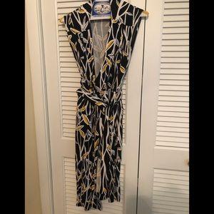 Diane vonFurstenberg black/yellow wrap dress 4